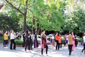 Tänzerinnen im Green Lake Park