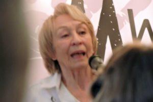 Pantomime: Grande dame Ella Jaroszewicz
